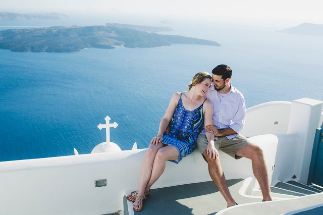 Affordable Santorini Honeymoon Packages